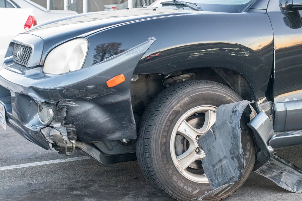 Las Vegas, NV – Car Crash with Injuries Reported on S Nellis Blvd near Vegas Valley Dr
